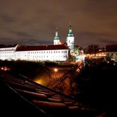Отель QUESTENBERK Прага приотельная территория фото 2