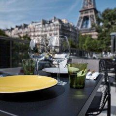 Отель Pullman Paris Tour Eiffel бассейн