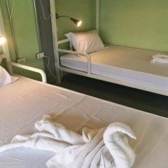 Samsen 8 Hostel Бангкок комната для гостей фото 5