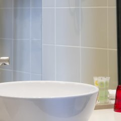 Отель Best Western Premier Opera Faubourg ванная фото 2
