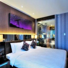 Отель The Continent Bangkok by Compass Hospitality Таиланд, Бангкок - 1 отзыв об отеле, цены и фото номеров - забронировать отель The Continent Bangkok by Compass Hospitality онлайн комната для гостей фото 3