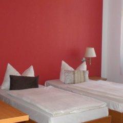 Отель Hostel & Pension NOlift Германия, Дрезден - отзывы, цены и фото номеров - забронировать отель Hostel & Pension NOlift онлайн комната для гостей фото 5