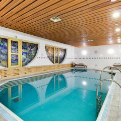 President Hotel бассейн