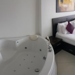 Отель Vtsix Condo Service at View Talay Condo спа