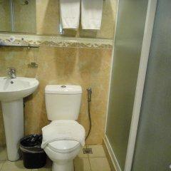 Отель Prism Hotel Филиппины, Пампанга - отзывы, цены и фото номеров - забронировать отель Prism Hotel онлайн ванная