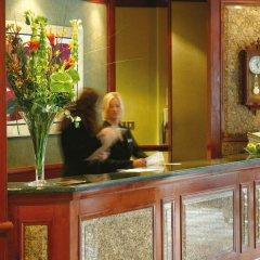 Macdonald Holyrood Hotel интерьер отеля фото 3