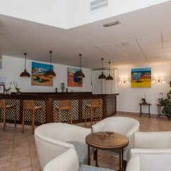 Отель FERGUS Conil Park Испания, Кониль-де-ла-Фронтера - отзывы, цены и фото номеров - забронировать отель FERGUS Conil Park онлайн гостиничный бар