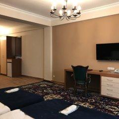 Отель Plaza Viktoria Армения, Гюмри - отзывы, цены и фото номеров - забронировать отель Plaza Viktoria онлайн удобства в номере