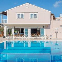 Отель Dominoes Hotel Apartments Греция, Корфу - отзывы, цены и фото номеров - забронировать отель Dominoes Hotel Apartments онлайн бассейн
