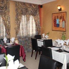 Отель Africa Республика Конго, Браззавиль - отзывы, цены и фото номеров - забронировать отель Africa онлайн питание