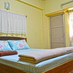 Отель Benjaratch Boutique Apartment Таиланд, Бангкок - отзывы, цены и фото номеров - забронировать отель Benjaratch Boutique Apartment онлайн комната для гостей