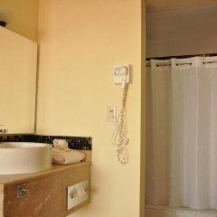 Отель Don Pelayo Pacific Beach ванная