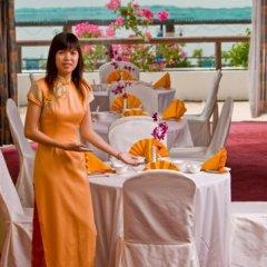 Отель Copthorne Orchid Hotel Penang Малайзия, Пенанг - отзывы, цены и фото номеров - забронировать отель Copthorne Orchid Hotel Penang онлайн питание фото 3