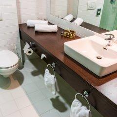 Отель Bonvital Wellness & Gastro Hotel Hévíz - Adults Only Венгрия, Хевиз - 1 отзыв об отеле, цены и фото номеров - забронировать отель Bonvital Wellness & Gastro Hotel Hévíz - Adults Only онлайн ванная фото 2