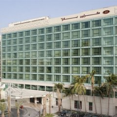 Отель Crowne Plaza Jeddah балкон
