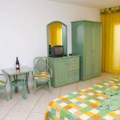 Отель Aparthotel Esquinzo Y Monte Del Mar удобства в номере фото 2