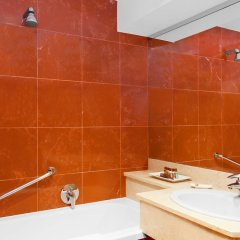 Отель Four Points By Sheraton Padova Падуя ванная фото 2