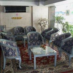 Отель Far East Inn Бангкок интерьер отеля