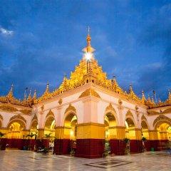 Sedona Hotel Mandalay развлечения