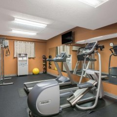 Отель Days Inn Lebanon Fort Indiantown Gap фитнесс-зал