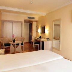 Hotel Lleó комната для гостей