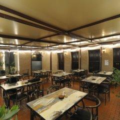 Отель Lumbini Dream Garden Guest House питание фото 2
