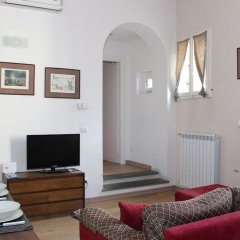 Отель Art Apartment Santa Maria Novella Италия, Флоренция - отзывы, цены и фото номеров - забронировать отель Art Apartment Santa Maria Novella онлайн комната для гостей фото 3