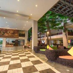 Отель Baan Laimai Beach Resort интерьер отеля