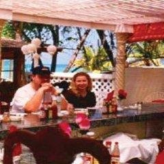 Отель Negril Beach Club Ямайка, Негрил - отзывы, цены и фото номеров - забронировать отель Negril Beach Club онлайн гостиничный бар