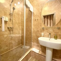 Гостиница Mamochka 2 Tapochka в Москве отзывы, цены и фото номеров - забронировать гостиницу Mamochka 2 Tapochka онлайн Москва ванная
