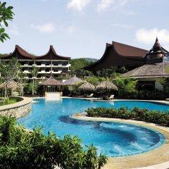 Отель Shangri-La's Rasa Sayang Resort and Spa, Penang Малайзия, Пенанг - отзывы, цены и фото номеров - забронировать отель Shangri-La's Rasa Sayang Resort and Spa, Penang онлайн бассейн фото 2