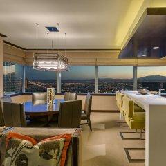 Отель Vdara Suites by AirPads США, Лас-Вегас - отзывы, цены и фото номеров - забронировать отель Vdara Suites by AirPads онлайн гостиничный бар