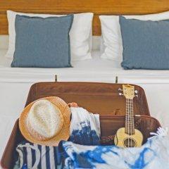 Отель Escape Beach Resort в номере