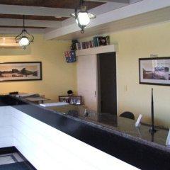 Отель Scottys Motel гостиничный бар