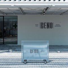 Reno Hotel Бангкок вид на фасад