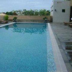 Petro House Hotel бассейн