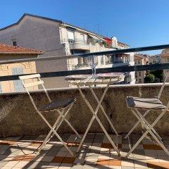 Отель Apart Hotel Riviera - Grimaldi - Promenade des Anglais Франция, Ницца - отзывы, цены и фото номеров - забронировать отель Apart Hotel Riviera - Grimaldi - Promenade des Anglais онлайн балкон