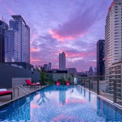 Отель Travelodge Sukhumvit 11 Бангкок бассейн фото 3