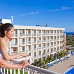 Hotel Club Sur Menorca Сан-Луис балкон
