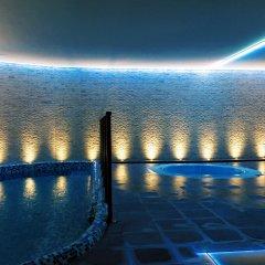 Hotel Granada Palace бассейн