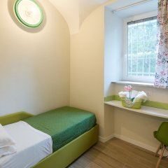 Отель Bed&BikeRome Rooms комната для гостей