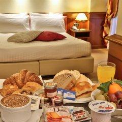 Отель Best Western Moderno Verdi Генуя в номере