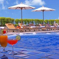 Intimate Hotel Pattaya by Tim Boutique бассейн