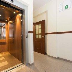 White Lions - Apartment Hotel интерьер отеля