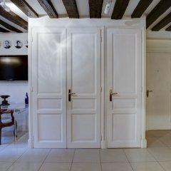 Апартаменты Louvre - Palais Royal Area Apartment комната для гостей фото 3
