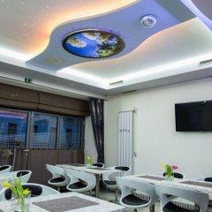 Отель Danubia Gate Словакия, Братислава - 2 отзыва об отеле, цены и фото номеров - забронировать отель Danubia Gate онлайн бассейн