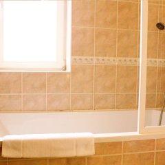 Отель Adria Чехия, Карловы Вары - 6 отзывов об отеле, цены и фото номеров - забронировать отель Adria онлайн ванная фото 2
