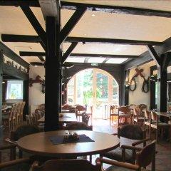 Ferien- und Reitsport Hotel Brunnenhof гостиничный бар