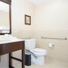 Отель Hampton Inn & Suites Mexico City - Centro Historico ванная фото 2