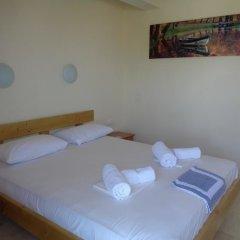Отель Vergina Pension сейф в номере